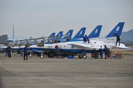 111130blueimpulse57l