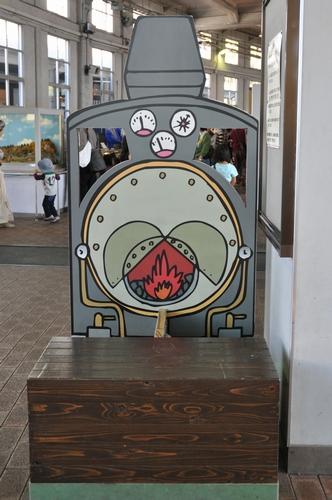 071_2 蒸気機関車(裏)