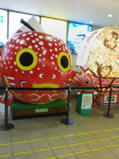 弘前駅、ねぷた